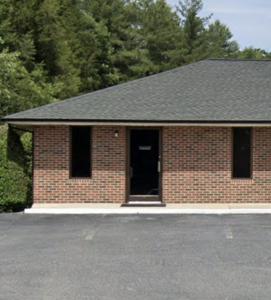 140 Tremont Park Dr NE, Lenoir, NC 28645